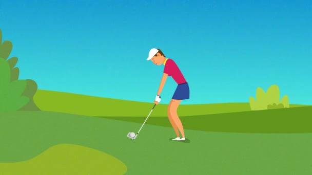 Junge Golfspielerin schlägt den Ball, Golfball geht in das Loch auf dem Golfplatz. Frauen, Sport, Golfturnier im Country Club in den Sommerferien, Gewinnspiel.