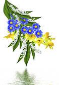 Jarní květy narcisů a konvalinek izolované na wh