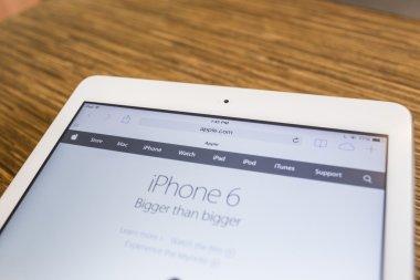 CHIANG MAI, THAILAND - September 17, 2014: Apple Computers websi