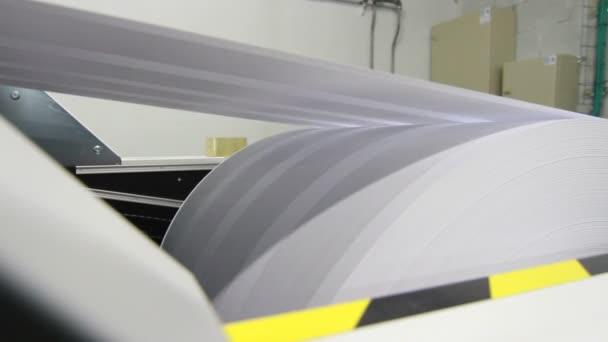 Paper publishing machine