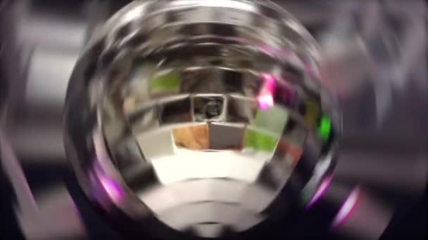 Sfera Da Discoteca Prezzo.Sfera Da Discoteca Festa Con Luci Colorate Rotanti Video Stock