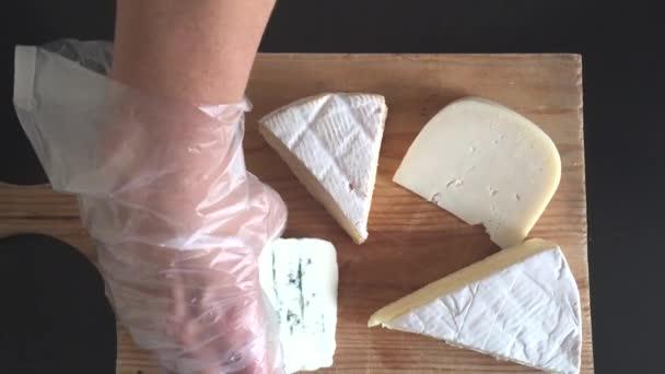 osobou pořádání sýrový talíř