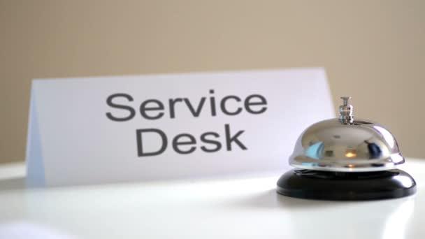 Serviceschreibtisch klingeln
