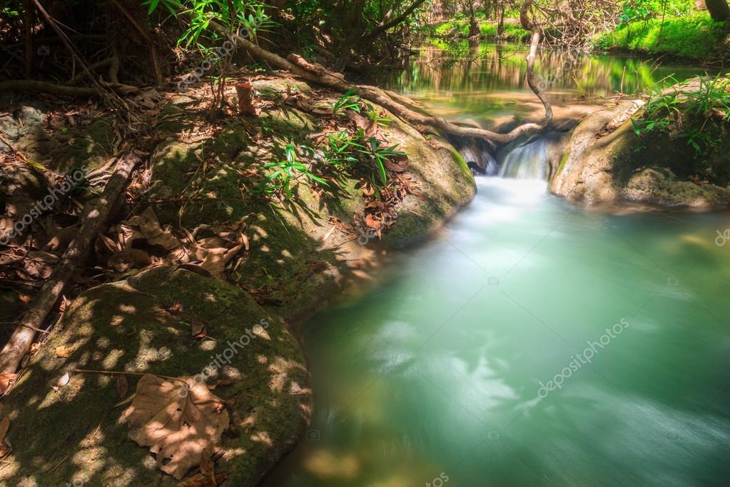 Фотообои Huai Mae Khamin Waterfall