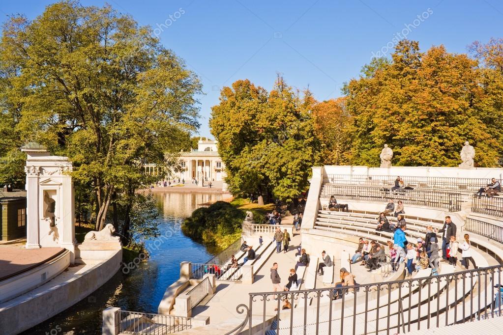 Amfitheater In Lazienki Park Koninklijke Baden Park Warschau