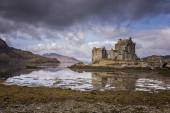 Photo Long View of Eilean Donnan Castle
