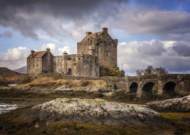 Moody View of Eilean Donnan Castle