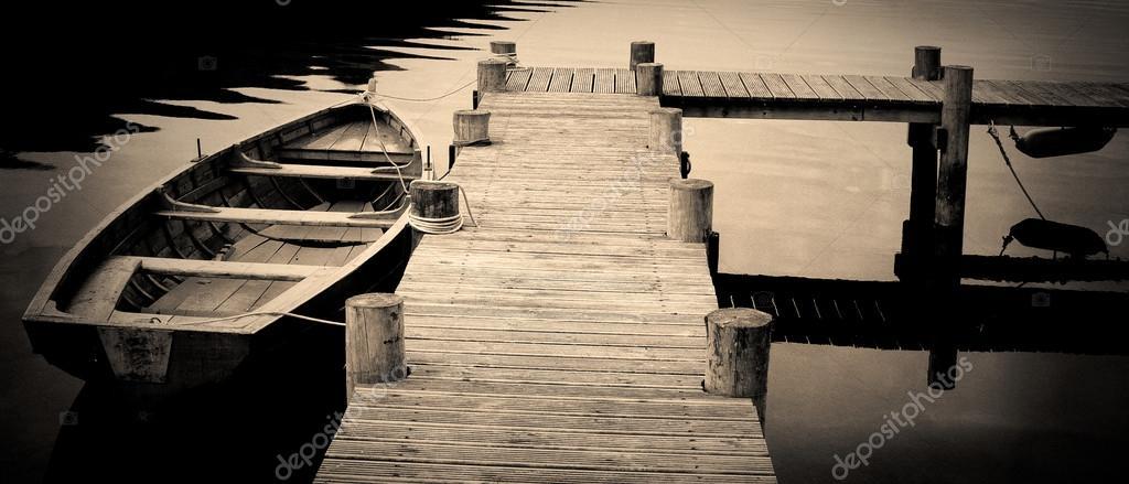 Czarno Białe Zdjęcia Wiersz łodzi Zdjęcie Stockowe