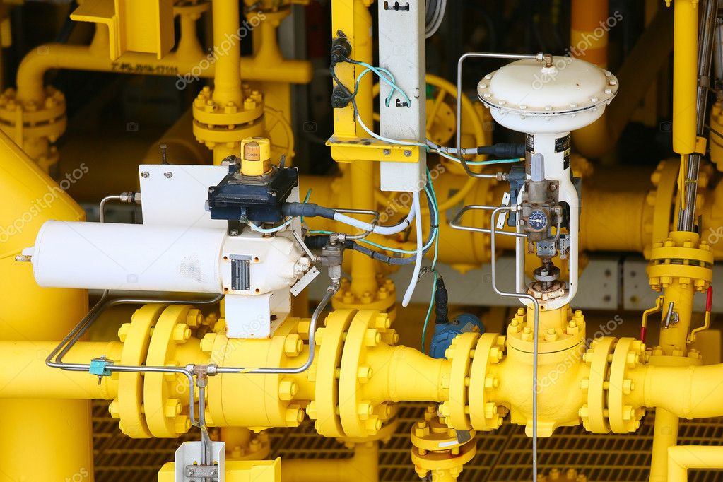 Pressure control valve in oil and gas process and controlled by