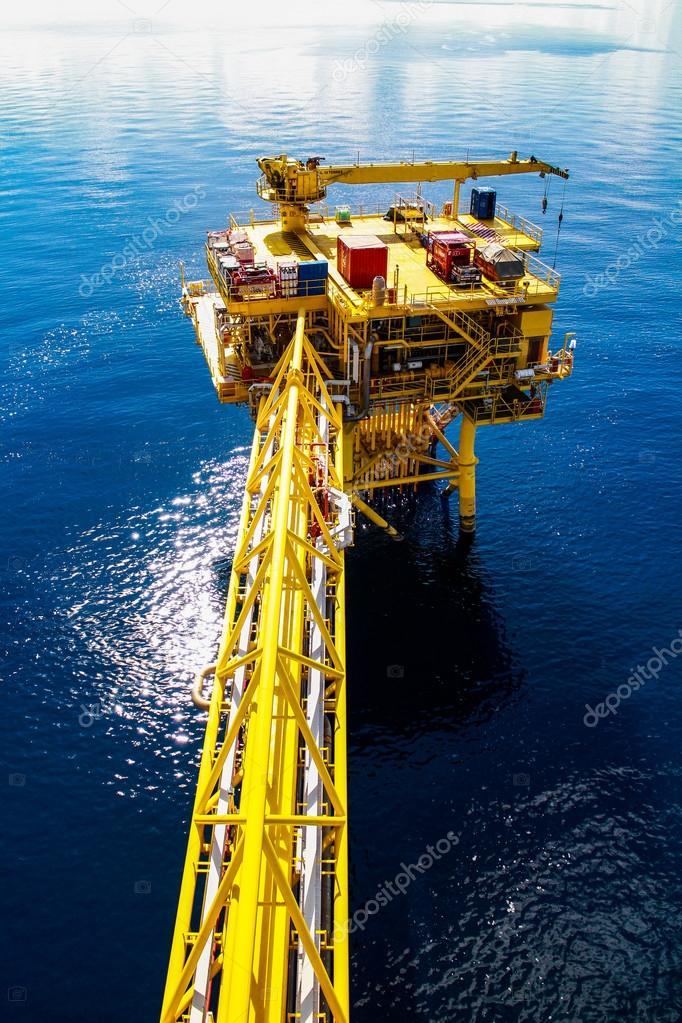 Oil and gas platform in the gulf or the sea, The world