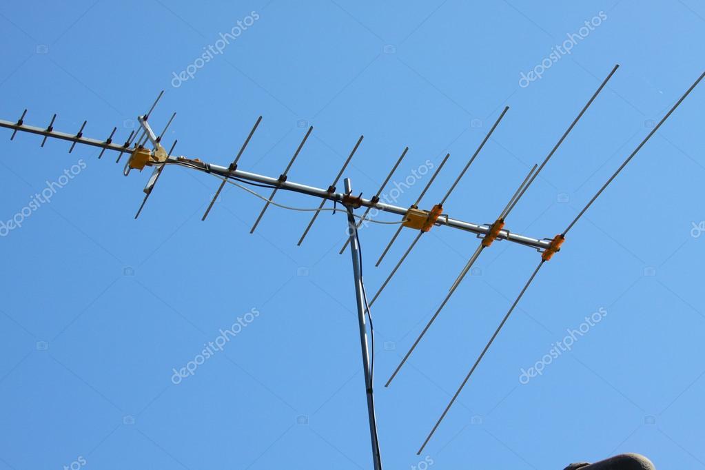 Cool Old Tv Antenna On House Roof With Bule Sky Stock Photo Wiring Database Lukepterrageneticorg