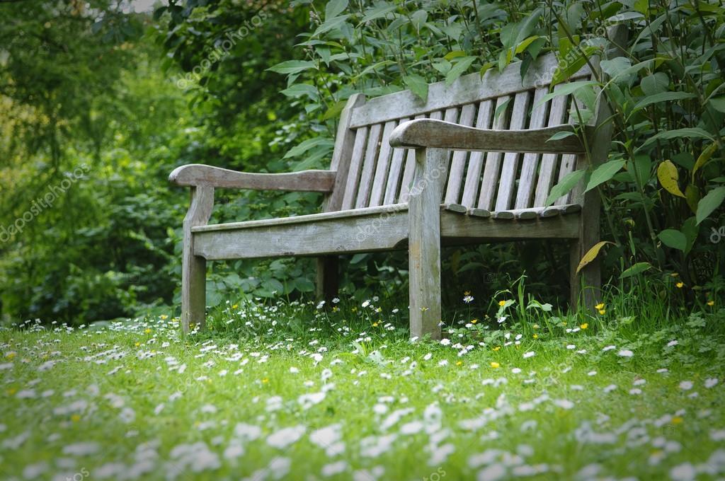 Banc De Jardin En Bois Photographie Damnura 53444219