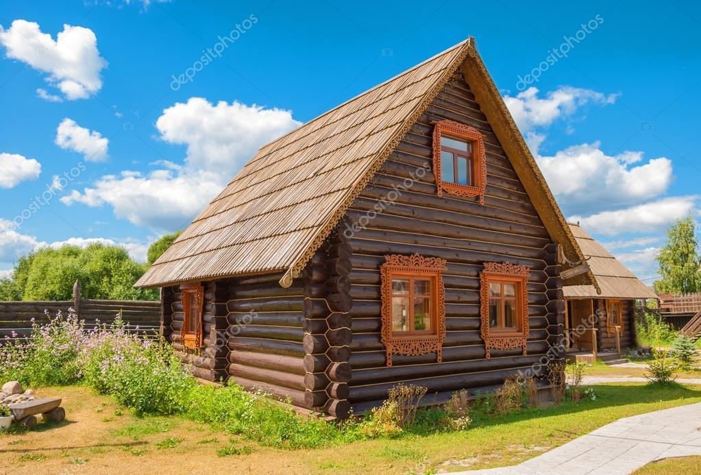 Russische Blockhäuser russisches blockhaus stockfoto irinadance 102851622