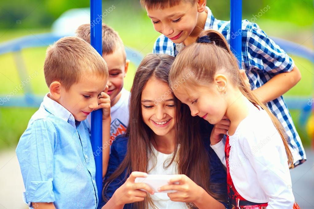 играющих фото детей счастливых