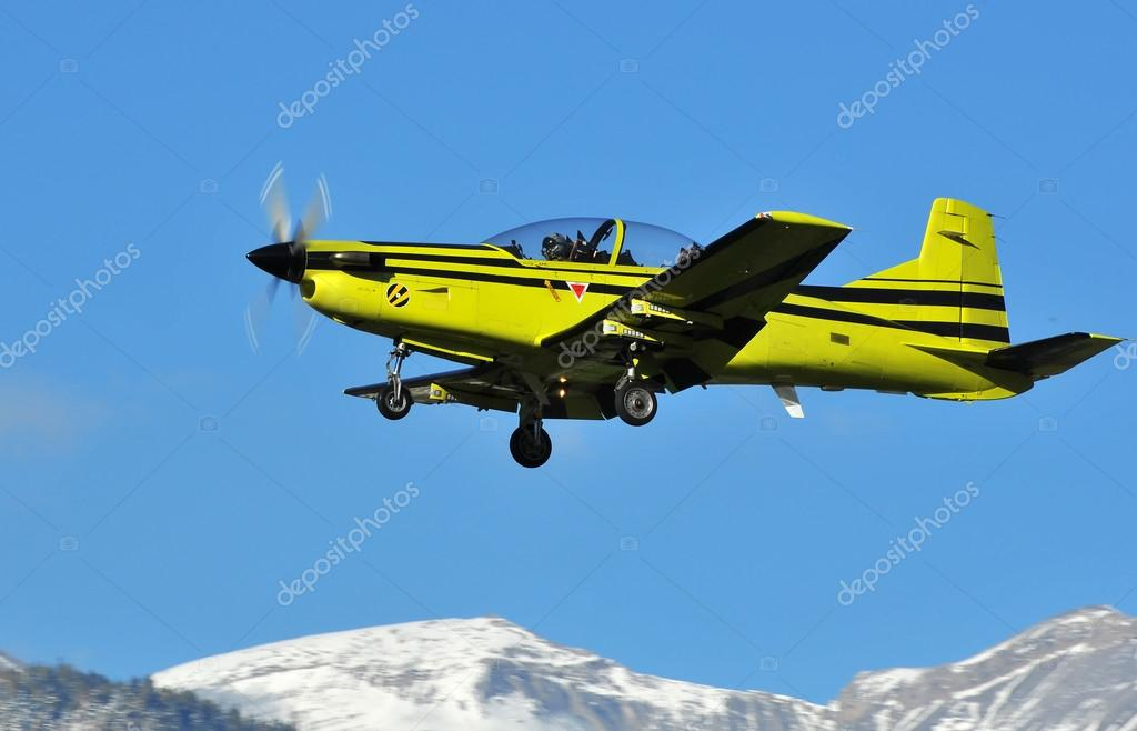 Trainer aircraft,  Pilatus PC-9