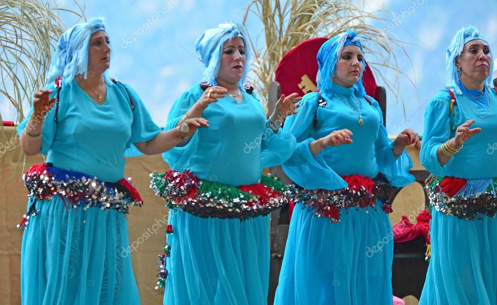 Moroccan dancers from the Tornals – Stock Editorial Photo © mountainpix  #95372888
