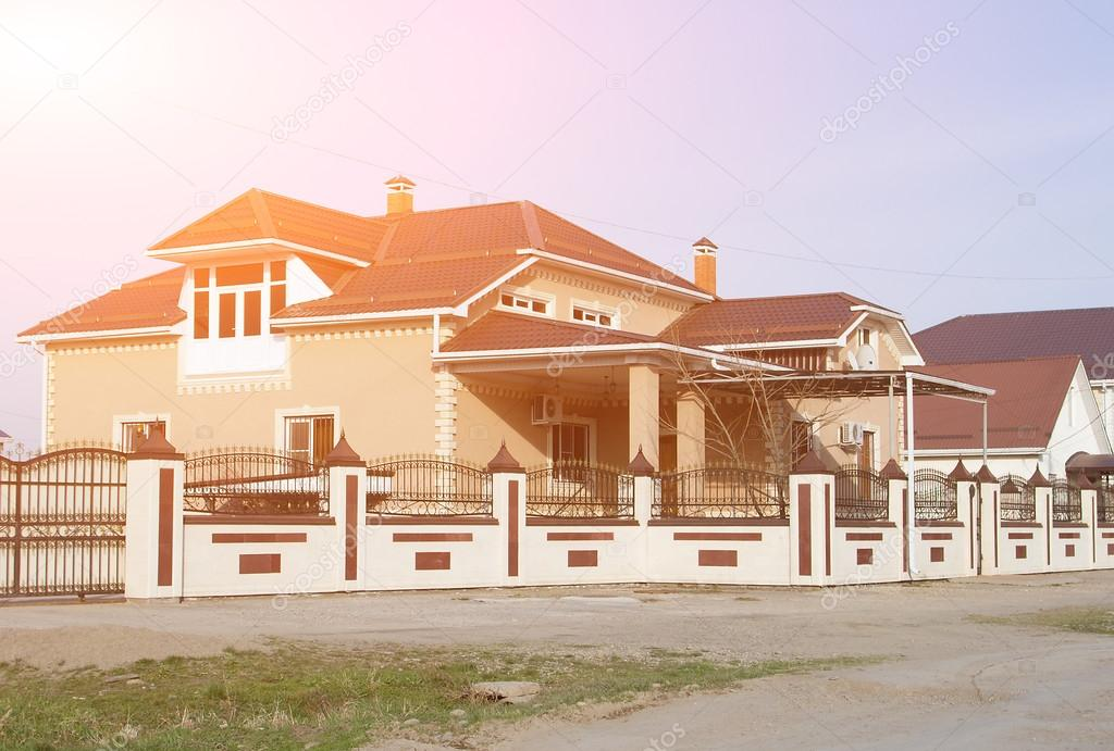 Een Nieuw Huis : Bouw van een nieuw huis voor een grote familie u stockfoto
