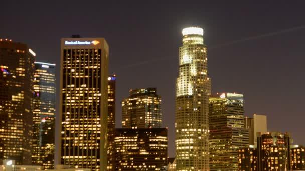 Malebné centrum Los Angeles v noci