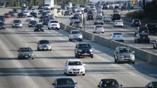 Provoz na rušné dálnice v Los Angeles
