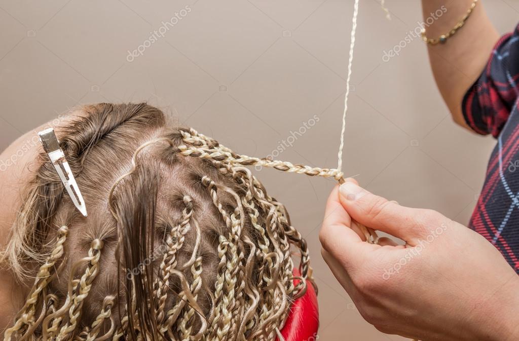 Плетение косичек из канекалона