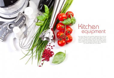 Tomatoes, chives and blender