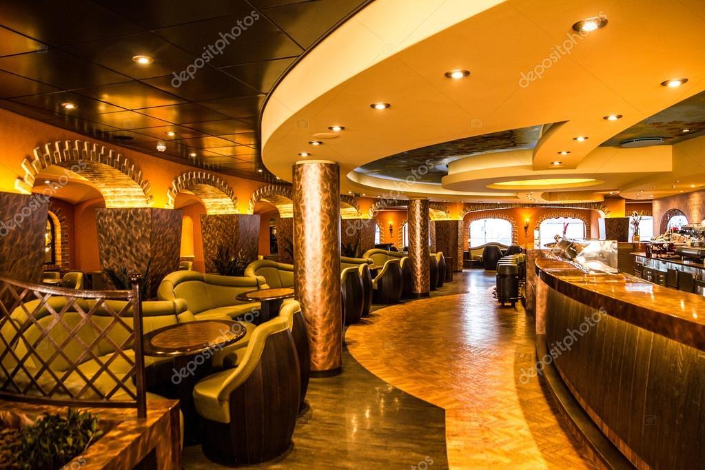 Crociera costa liner 20 maggio 2016 bar interni moderni for Interni moderni foto