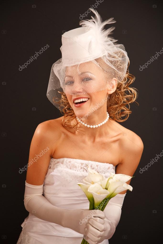 Noiva Em Estilo Retro Com Buqu Fotografias De Stock Furmananna