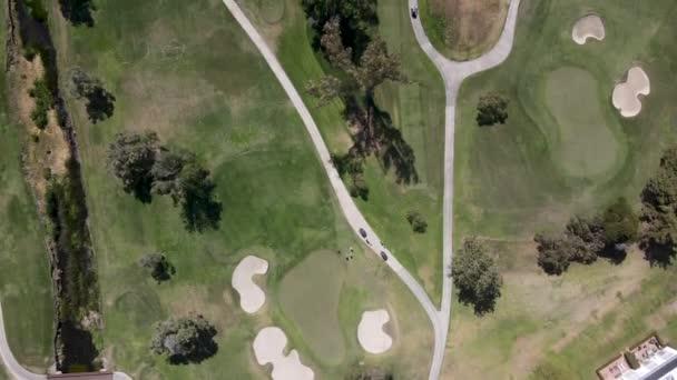 Letecký pohled na golfové hřiště v Karlových Varech