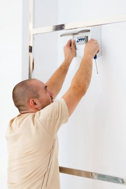 Installing Electric Fuse at Home