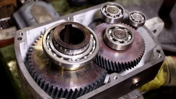 Industria pesante - montaggio riduttore