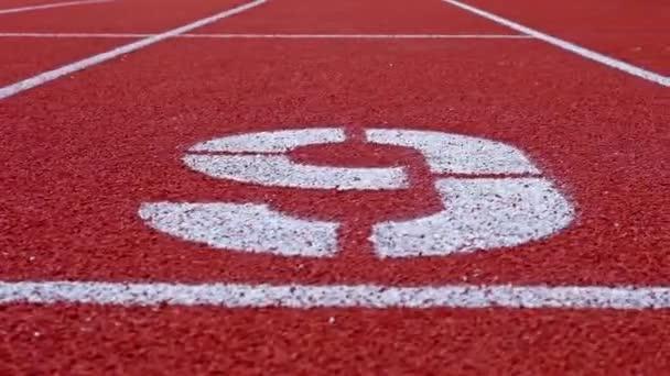 Odpočítávání od 9 do 1. Lane čísla běžecké dráhy