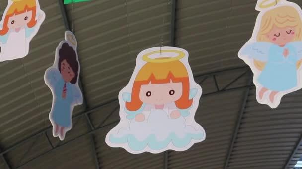 Vánoční ozdoby zdobené v thajské škole, stock záběry