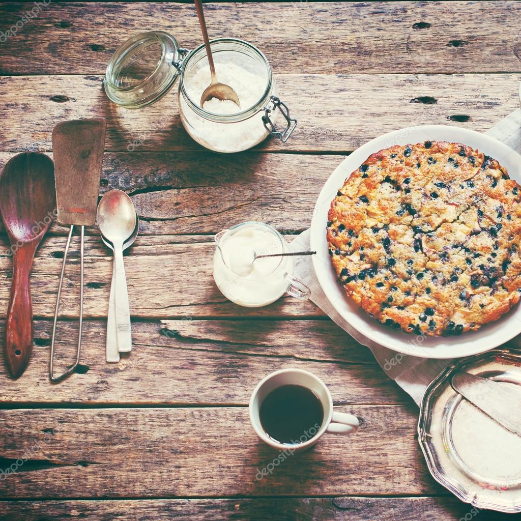 Susse Kuchen Torte Nachtschatten Creme Fraiche Vintage Stockfoto