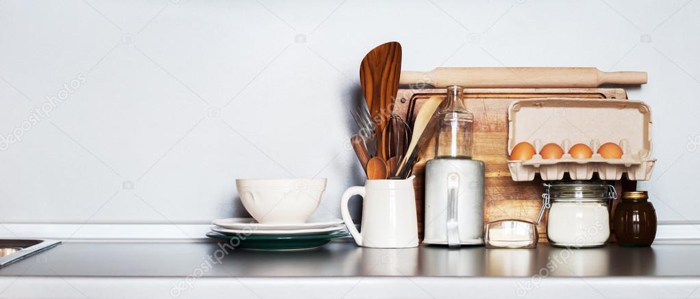 Bodegón de cocina como fondo para el diseño. Rústicos platos ...