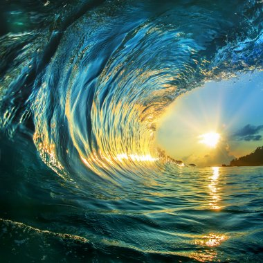 Beautiful ocean surfing wave