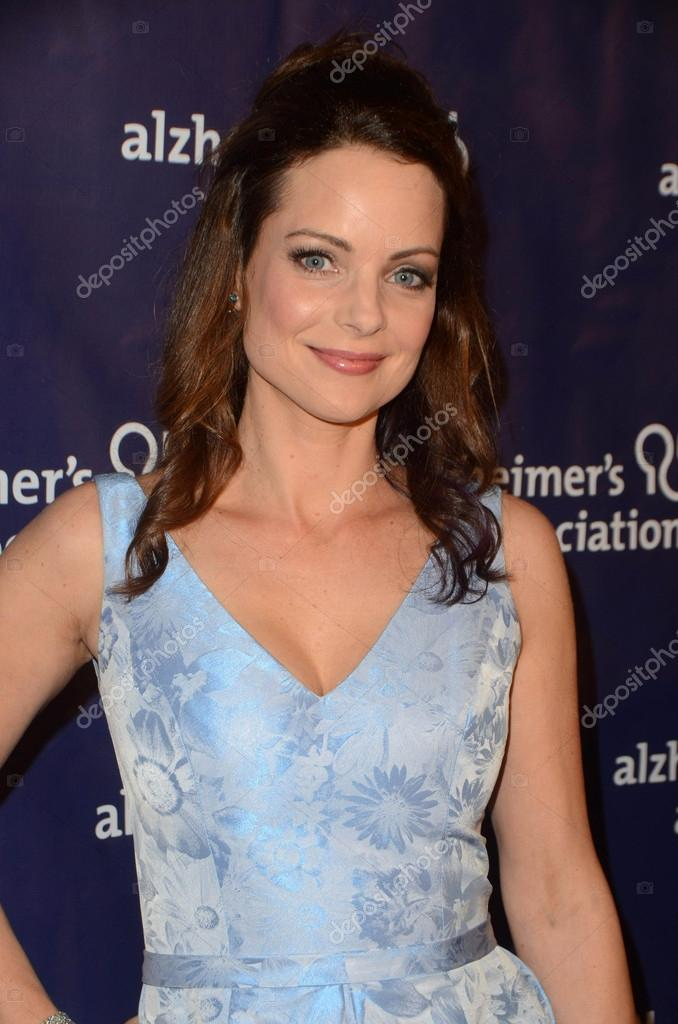 Kimberly Williams Nude Photos 5