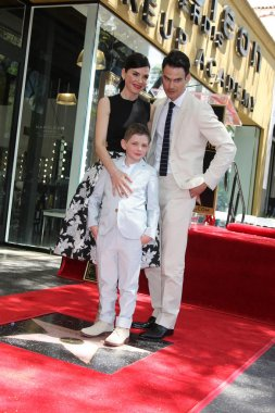 Julianna Margulies and family