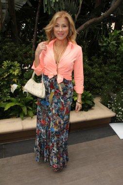 Lisa Ann Walter - actress