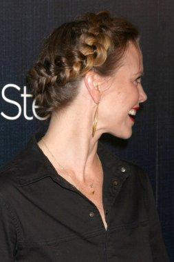 Sarah Jane Morris - actress