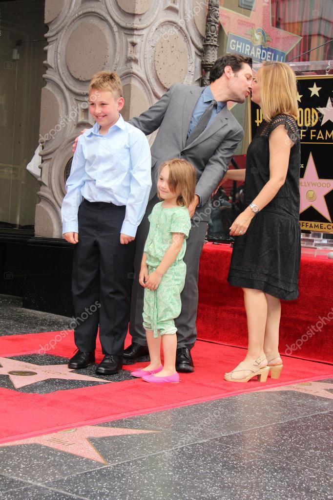 Paul Rudd and family – Stock Editorial Photo © s_bukley ...