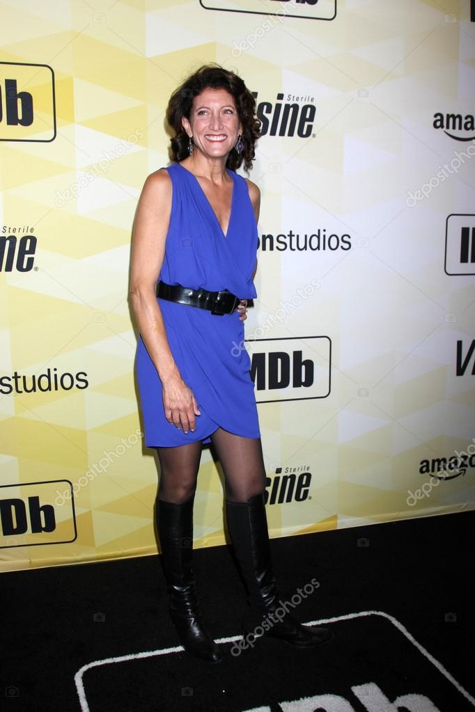 Amy Aquino imdb