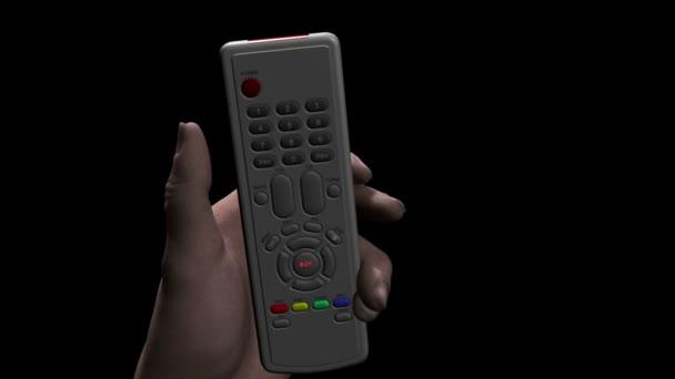 Mano maschio caucasico che tiene un telecomando premendo un pulsante contrassegnato Compro