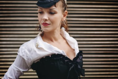 Headshot of Creative Vintage Woman