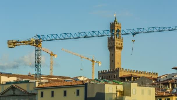 Obnova staré tvrze, Itálie