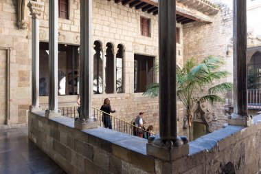 Cloister of Picasso's Museum.