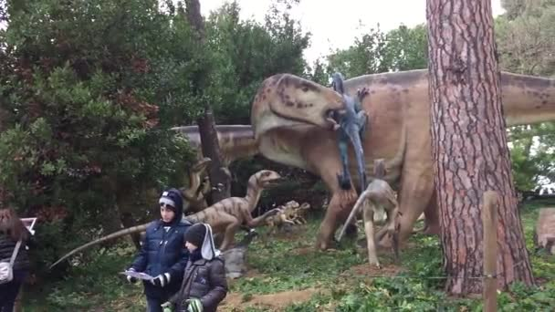 Families visiting World of Dinosaurs park