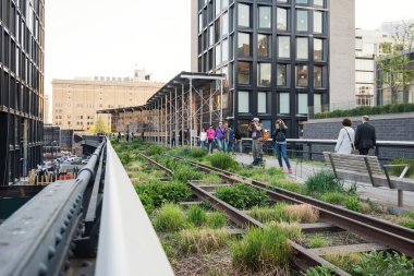 People walking on the High Line Park in New York