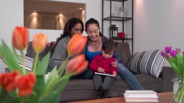 μαμά και οικογένεια σεξ βίντεο