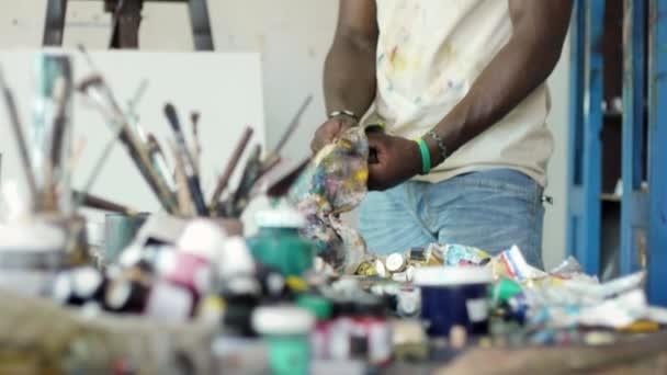 Muž lidé osoba v práci v ateliéru zařízení nástroje