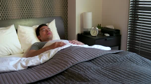 Ranní rutina s lidmi člověka doma probuzení Up v posteli